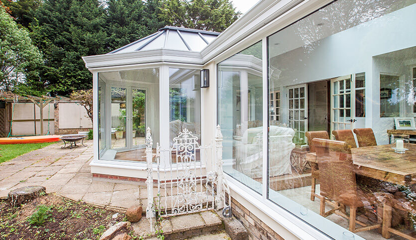 White P-Shaped conservatory close up