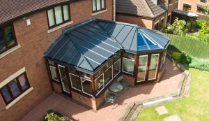 Rosewood P-Shaped conservatory with a Livinroof