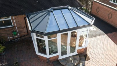 Ultraframe extension with livinroof